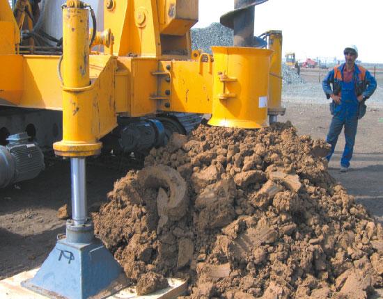 JZL45电动履带式桩机—哈萨克斯坦工地